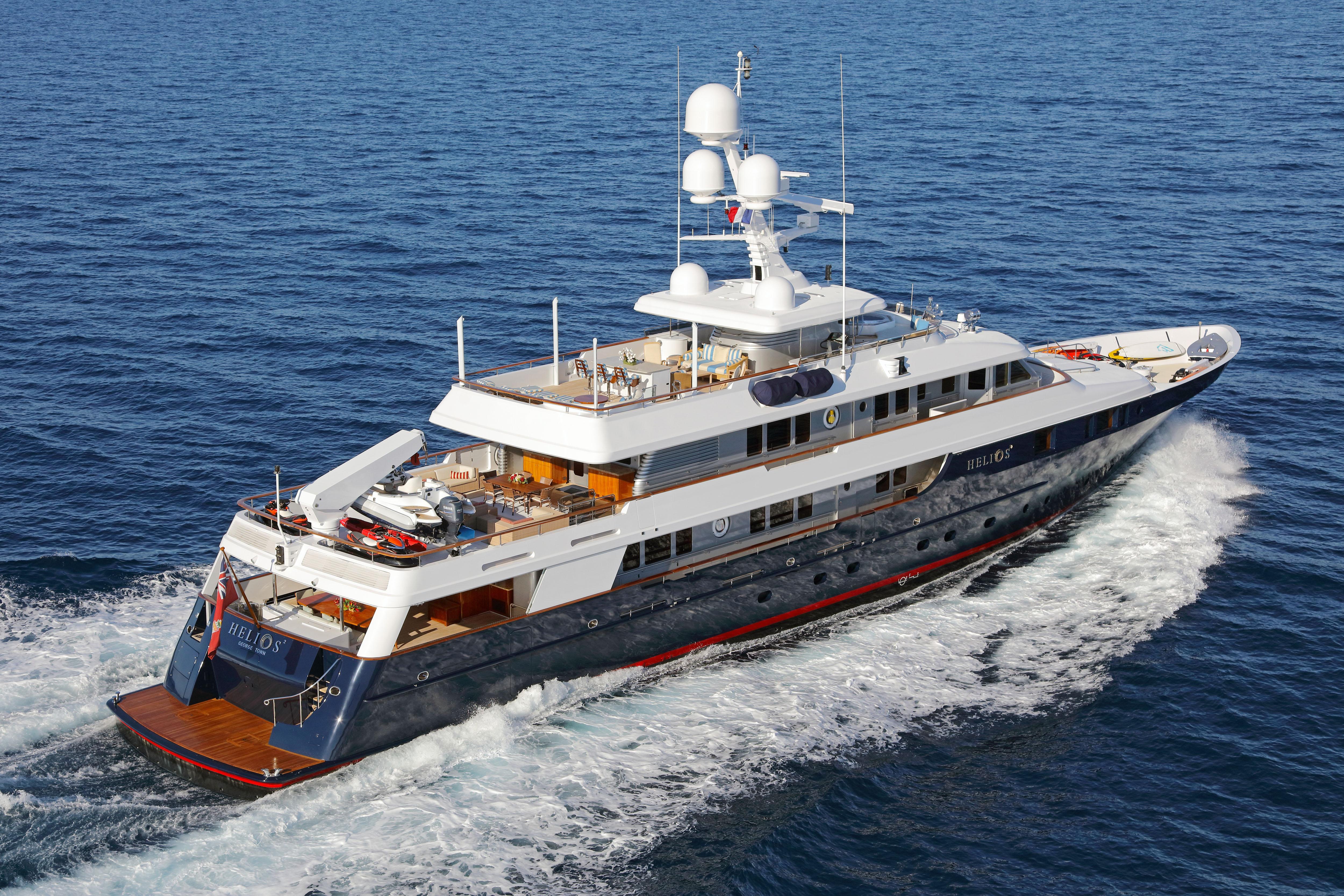 Helios 2 Mega Yacht