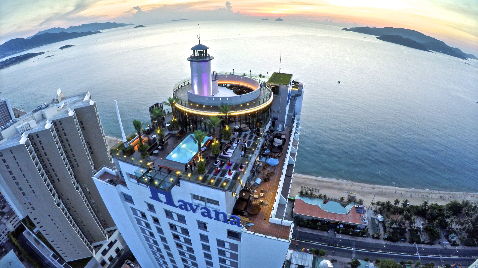 Skylight: 360° Skydeck & Rooftop Beach Club - Best Western Havana Nha Trang Hotel. Photo courtesy of Kyle Nguyen. All property of Skylight/See The World Group.