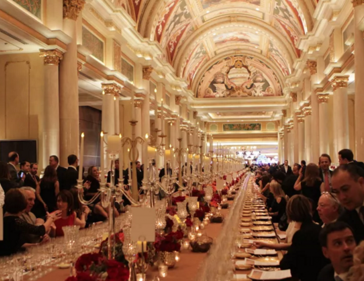 ULTIMO AT VENETIAN FEATURES WORLD'S LONGEST DINNER TABLE.