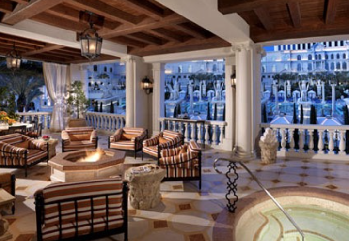 A LOOK AT THE THREE LUXURY SUITES THAT LAS VEGAS HAS TO OFFER.