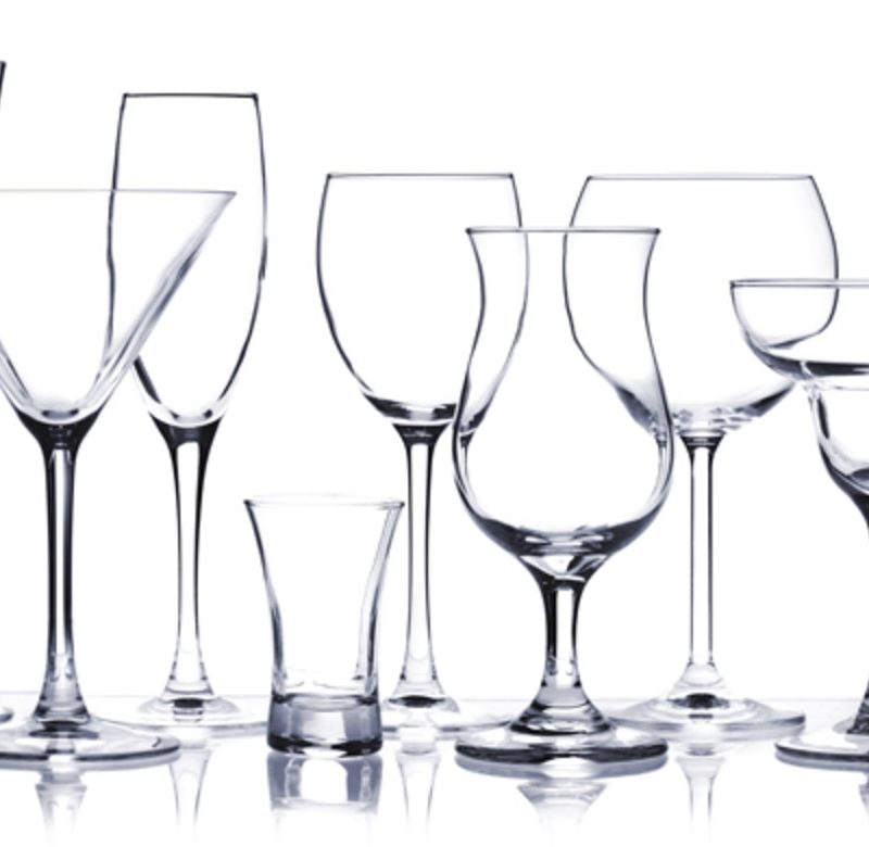 INFOGRAPHIC: THE FAIRMONT'S ULTIMATE GUIDE TO GLASSWARE.