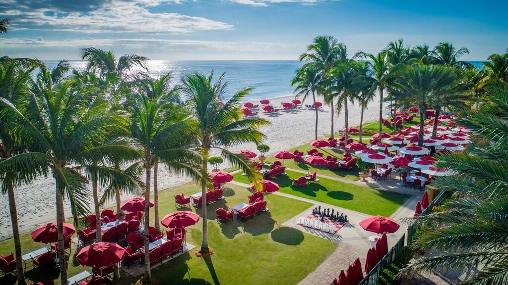 beach view Acqualina