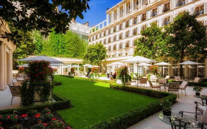 Le Bristol, Paris. Courtesy of the hotel. - DESTINATION LUXURY