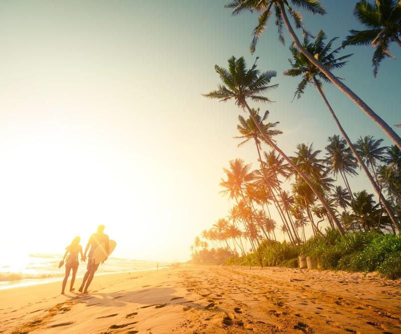 TOP 5 LUXURY SURFING SPOTS IN SRI LANKA.