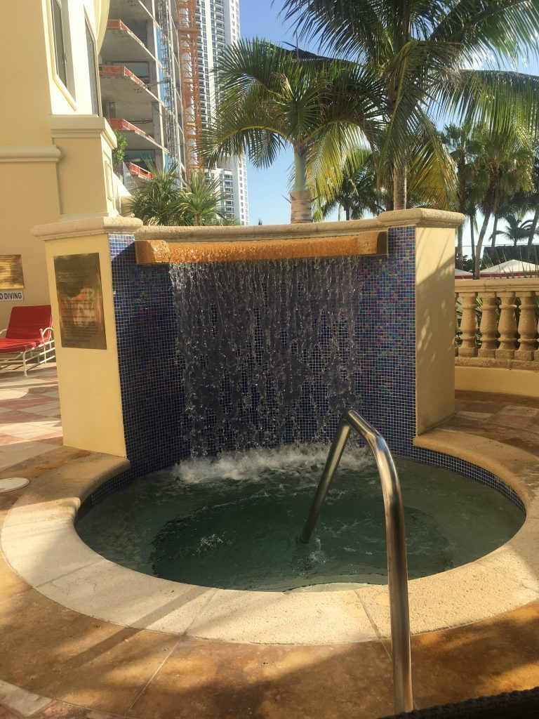 waterfall acqualina